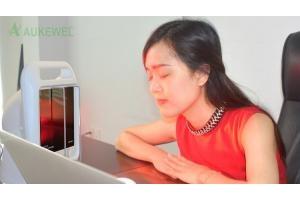 Đèn hồng ngoại làm dịu đau cơ, cải thiện tuần hoàn,  làm dịu chứng sưng viêm